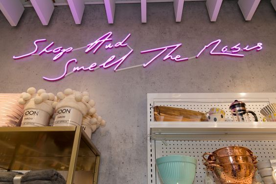 riley rose, forever 21, beauty, fast fashion, glendale galleria, sephora, chic studios, beauty bar, millennial, roses, neon sign, lifestyle, interior decor, interior design