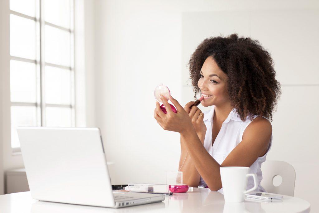 Digital Beauty Social Media Makeup