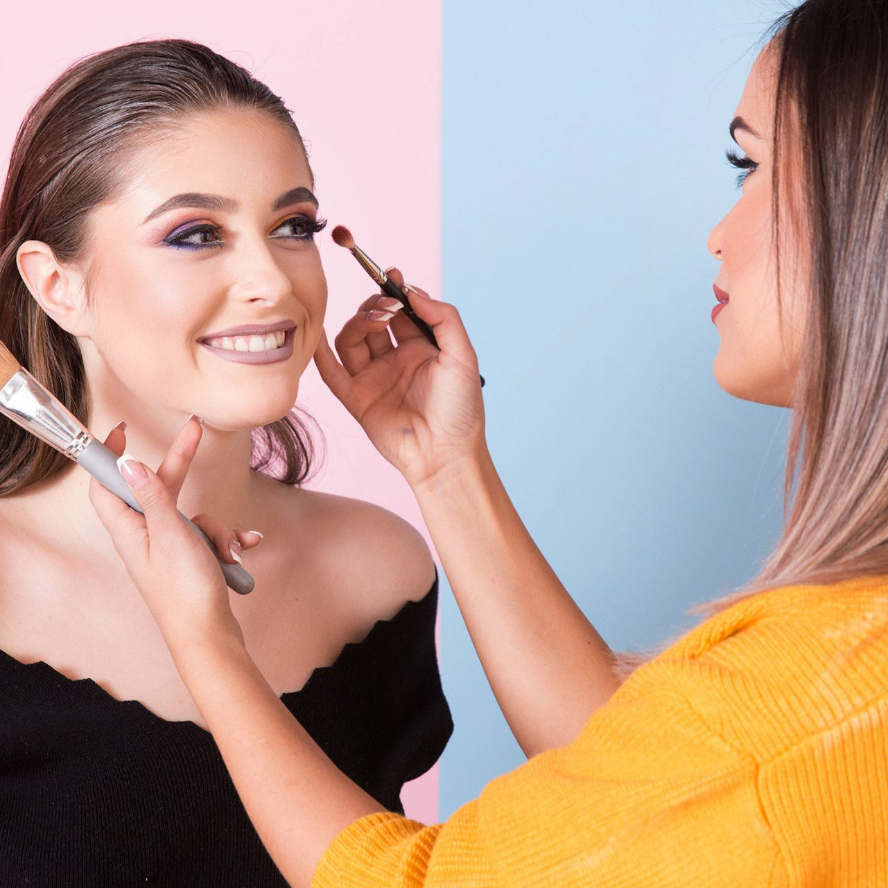 mastermind-1-makeupartist-brush